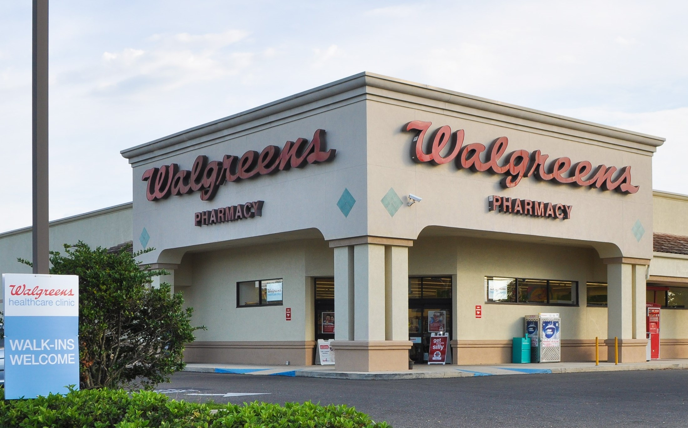 NNN Walgreens