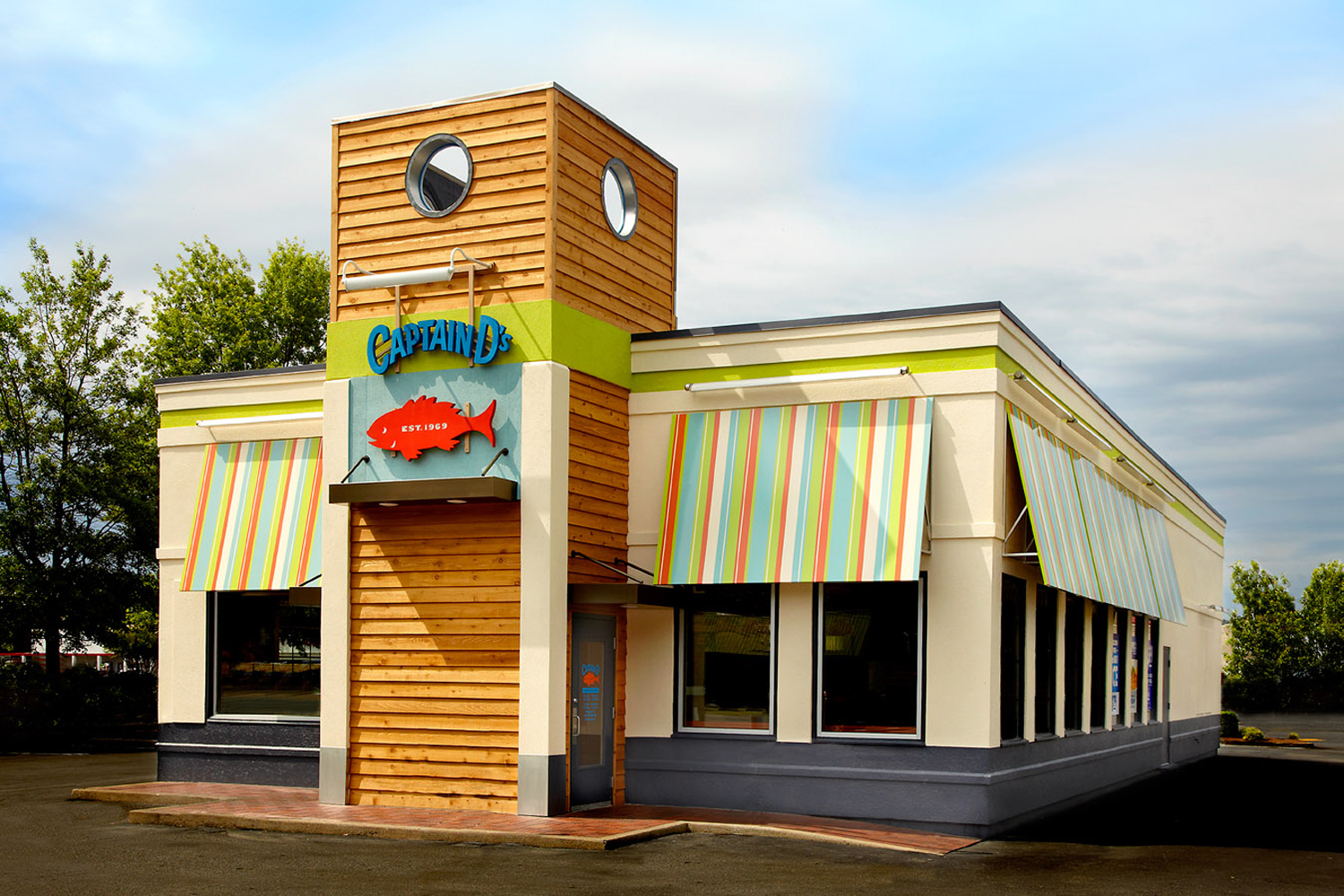 Net lease captain d 39 s property profile and cap rates the for Restaurant exterior design photos