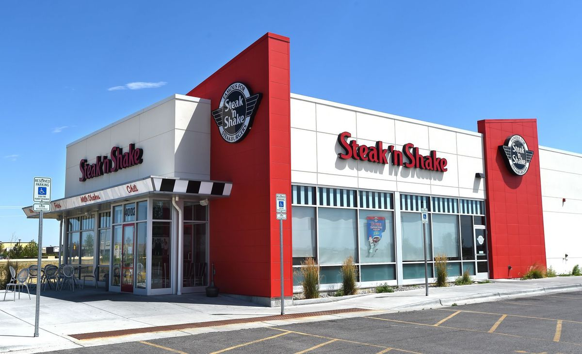 Net lease steak 39 n shake property profile and cap rates for Steak n shake dining room hours