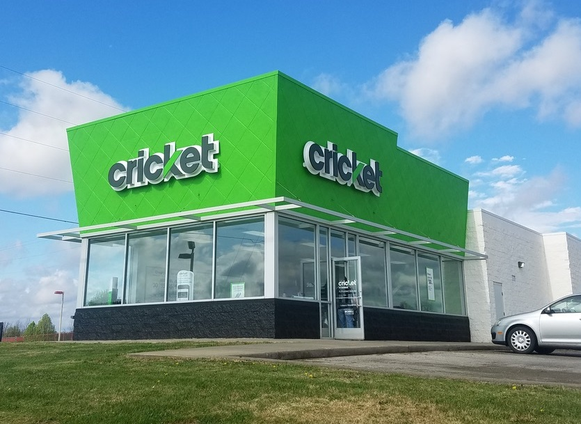 net lease Cricket Wireless
