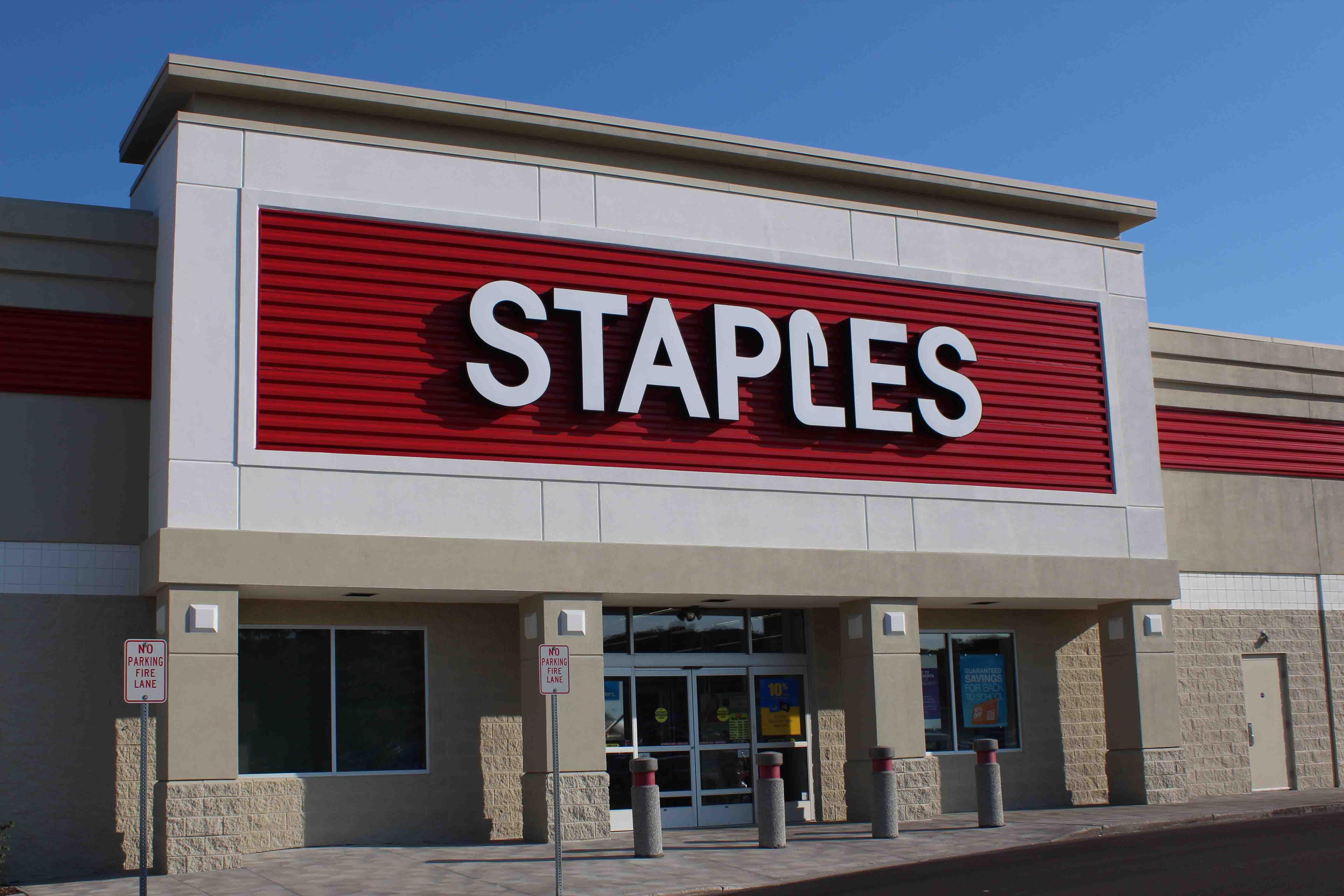 Net Lease staples
