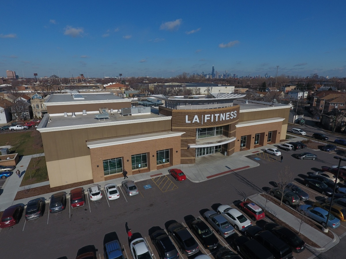 net lease LA Fitness