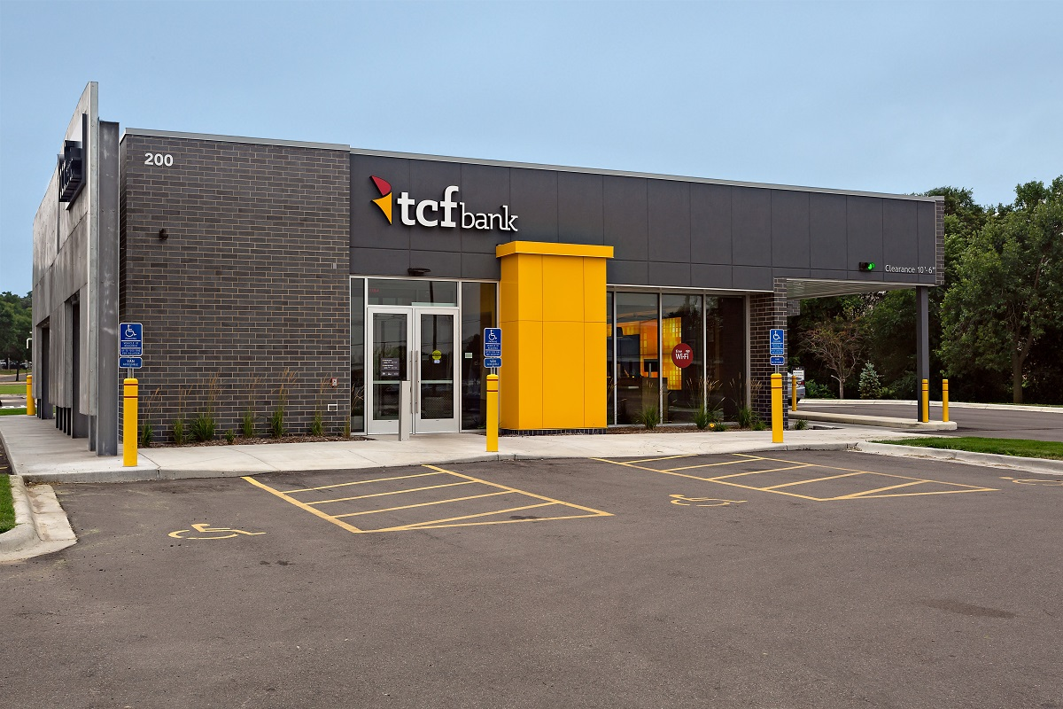 Net Lease TCF Bank